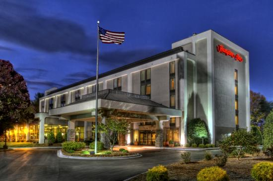 Hampton Inn Asheville - I-26 Biltmore Area: Hotel Exterior