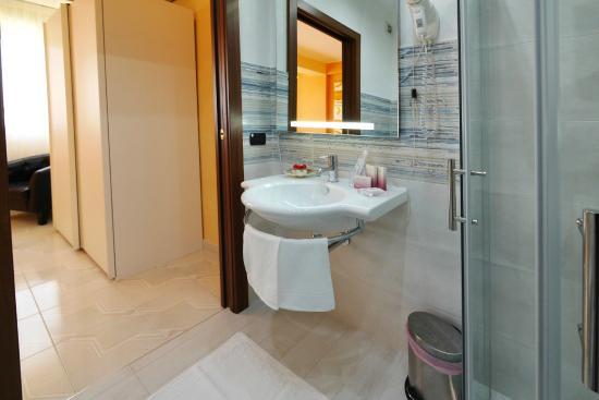 hotel mediterraneo 46 5 1 prices reviews porto cesareo rh tripadvisor com