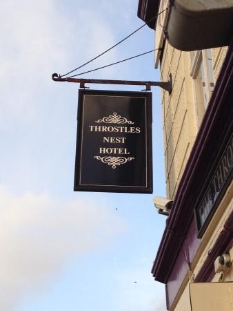 Throstles Nest Hotel: Naambord