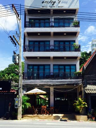 Enjoy's Beach House Karon: Hotel (отель)