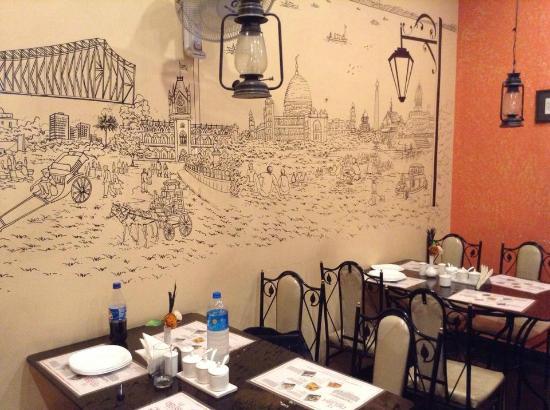 Wall art - Picture of Delish, Kolkata (Calcutta) - TripAdvisor