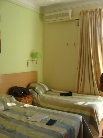 Hostal Felipe II: Quarto triplo do Hostal