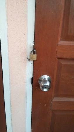 Friendly Resort & Spa: Asi cerras la puerta de tu habitacion