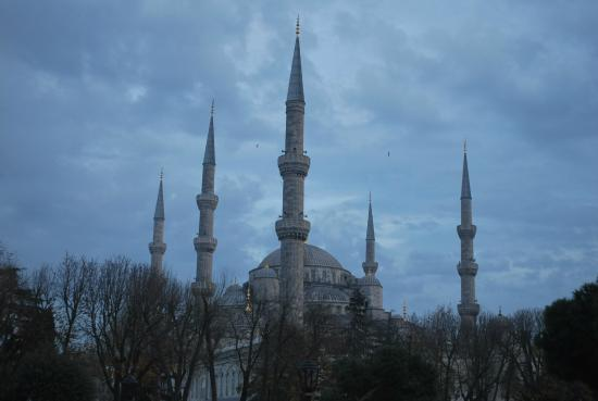 True Blue Tours - Day Tours : the Sultan Ahmet Mosque