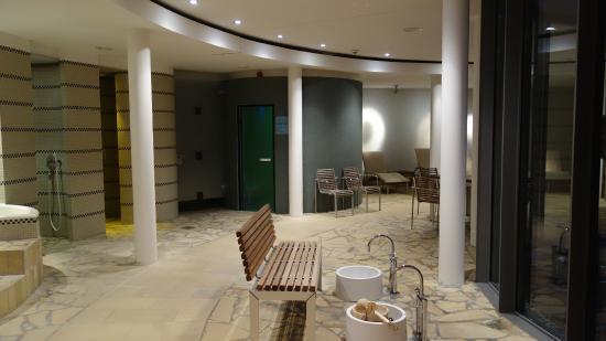 Hotel Schloss Neuhardenberg: sauna area