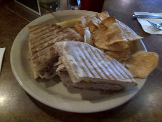 Berryville Grille: Cuban Panini