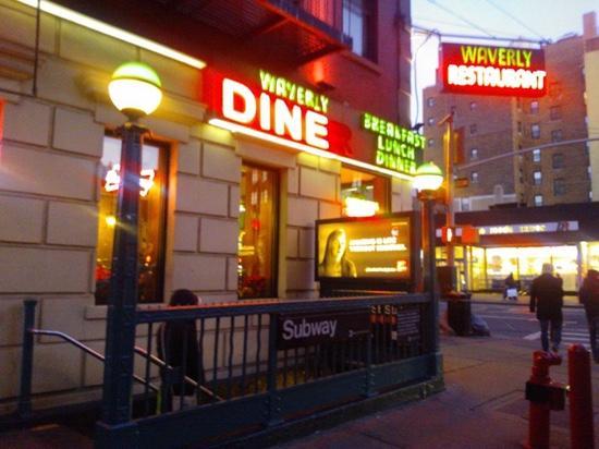 Waverly Restaurant: ristorante da fuori