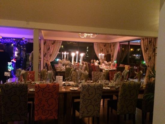 Riverside House Hotel: The venue dining area!