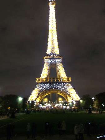 Eiffel tower Christmas lights - Picture of Eiffel Tower, Paris ...