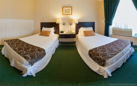 Basadre Suites Boutique Hotel: TWIN BEDS