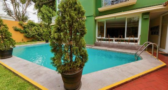 Basadre Suites Boutique Hotel: POOL