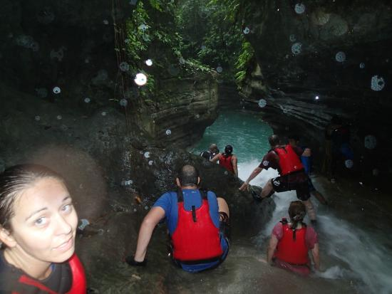 Cyan Adventures: canyoning