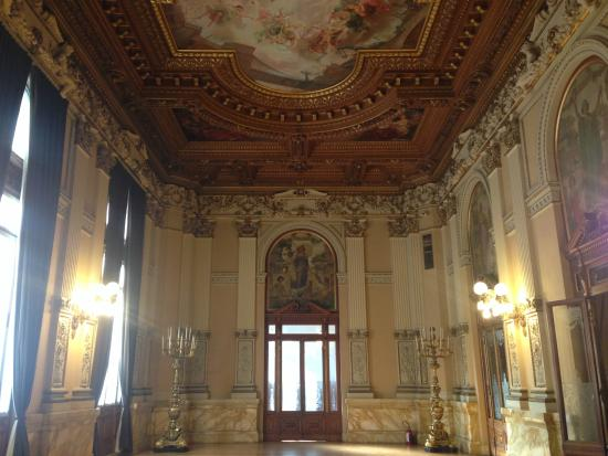 Museo Nacional de Artes: Esta sala es imponente