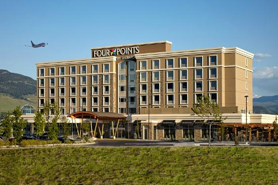 Four Points by Sheraton Kelowna Airport: Front