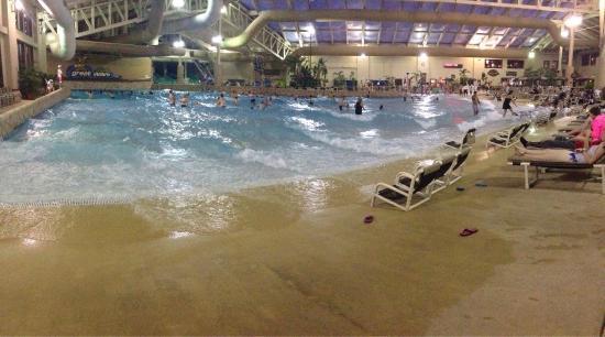 Wilderness Resort : One of 3 indoor waterparks