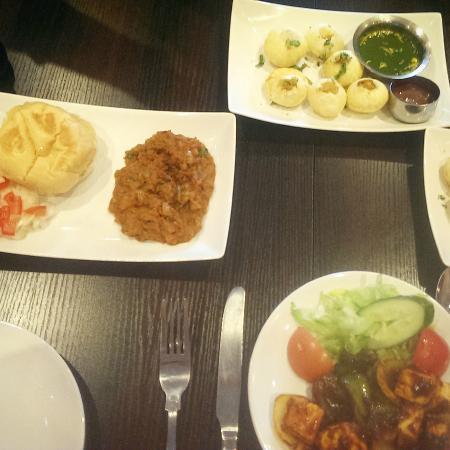 Sanskruti Restaurant: Pani Puri & Pav bhaji in authentic Indian taste