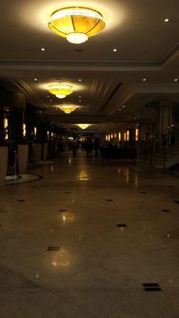 Maritim proArte Hotel Berlin: Área de entrada