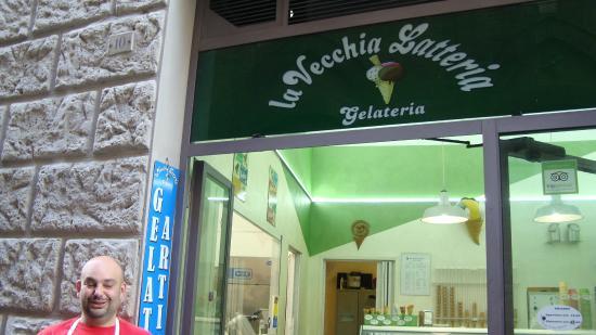 La Vecchia Latteria: Latteria e seu gentil proprietário