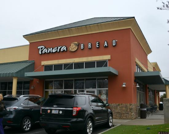 Panera Bread: They take their time but good Sandwiches and Soup