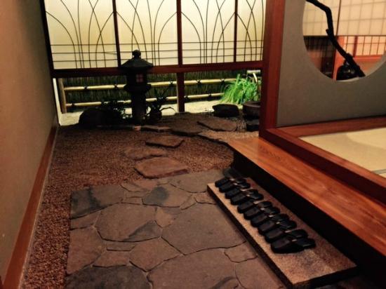 Wadakin: 部屋の坪庭
