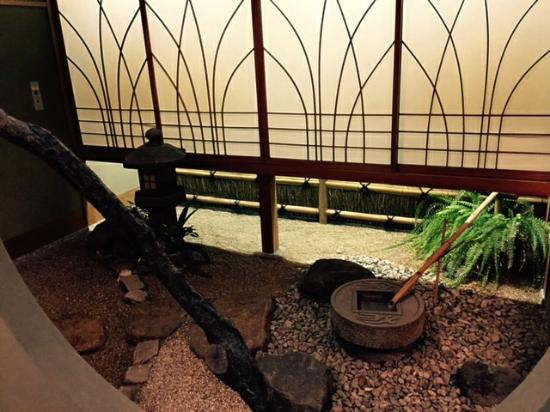 Wadakin: 部屋の坪庭 2