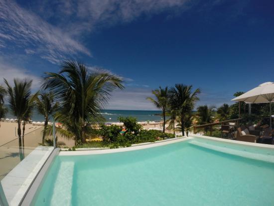 Sambass Hotel: Vista da Piscina para a praia