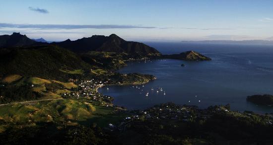 Mount Manaia Track: Taurikura, Calliope Bay and Urquhart's Bay
