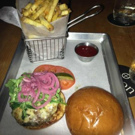 Union Burger: yum!