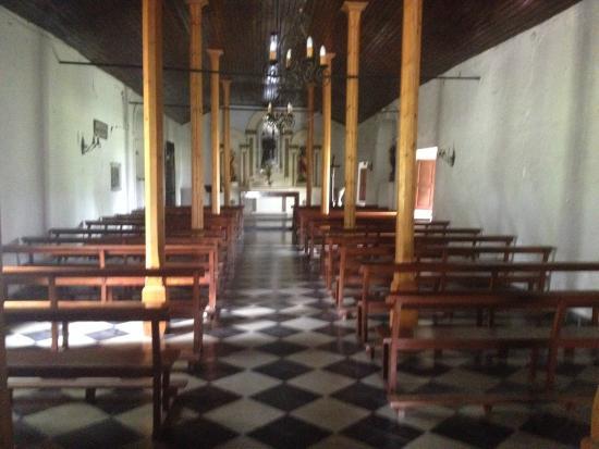 Capilla San Benito: El interior, despojado, pero no menos bello