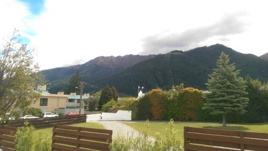 Hurley's of Queenstown : View from our room