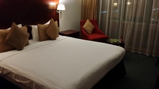 Coral Dubai Deira Hotel: Deluxe Room