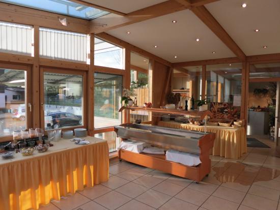 Landhotel Restaurant Wilder Mann: Breakfast buffet