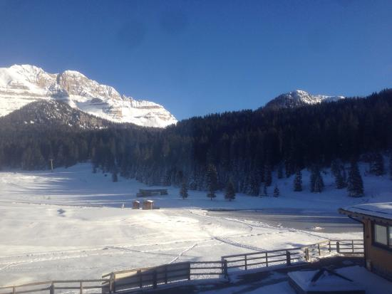 Golf Hotel Campiglio - ATAHotel: Panorama view from the room