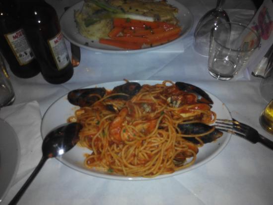 Il Vesuvio Restaurant: maravillosos espaguettis