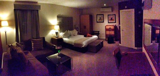 The Pearl Hotel: Lovely room, what a first impression!