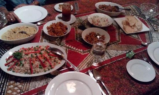 Hantana Range View: home cooked rice and curry