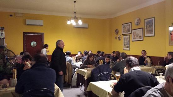 Ristorante Grotta Azzurra: serata in pizzeria