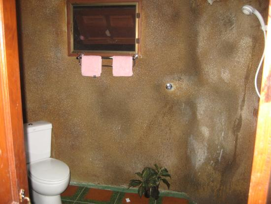 Khaosok Rainforest Resort: Wet room