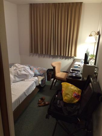 Nobeoka Urban Hotel: 一人で宿泊するには十分です