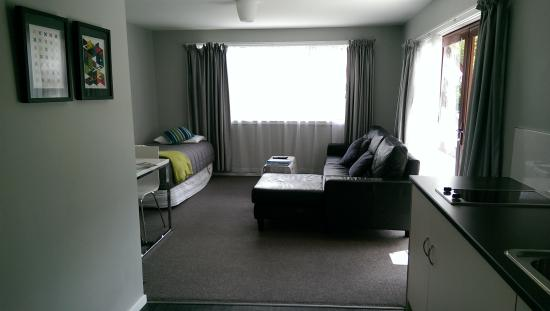Arrowtown Motel Apartments : Living area