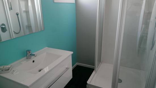 Arrowtown Motel Apartments : Bathroom