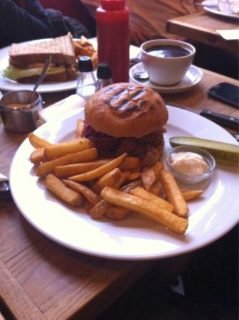 Laundromat Cafe: Pulled pork: great!