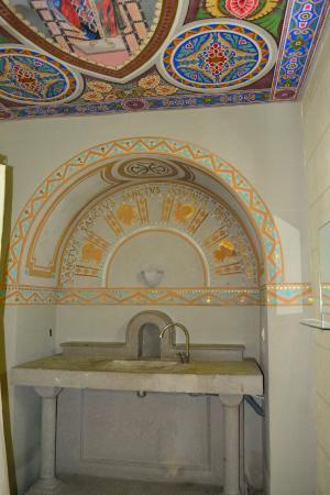 Equity Point Girona Hostel: Раковина в номере
