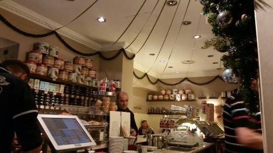 Tosca Cafe: Atmosfera magica