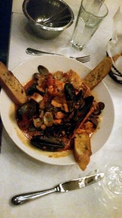 Rosebud Old World Italian: Zuppa di Mare