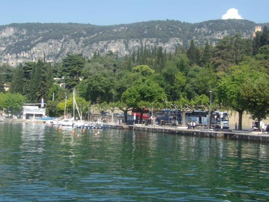 Hotel setting from boat on lake Garda - Picture of Hotel Excelsior ...