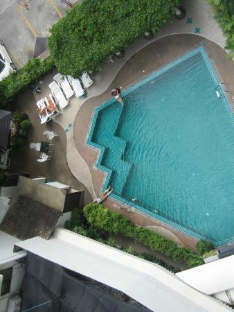 Bangkok Centre Hotel: Pool