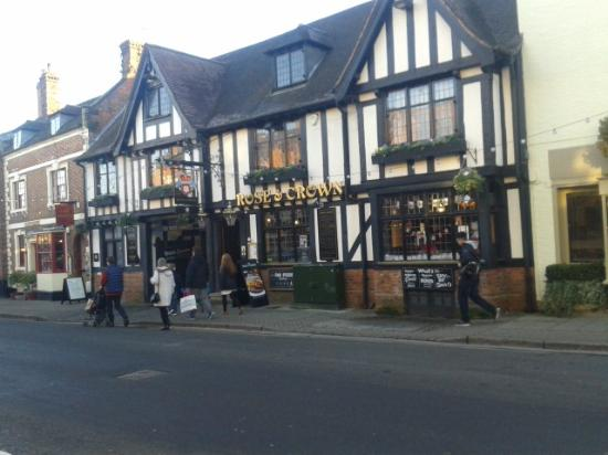 Rose and Crown: Exterior