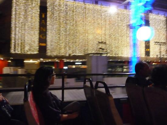 City Tours: Night lights of a plaza