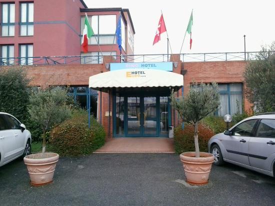 Euro Hotel: Entrata